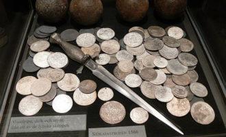 Samlerhuset: Mynter, dolk og kuler funnet på Gotland.