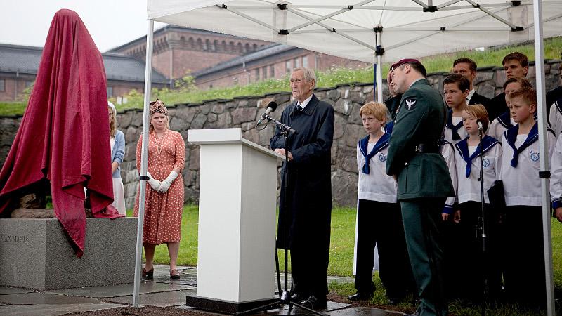 Hva lærte vi av krigen: Gunnar Sønsteby var ivrig i å minne om det som skjedde og det vi gjorde - eller ikke gjorde - under krigen.
